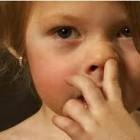 Гороскоп: Как ковыряют в носу разные знаки зодиака?